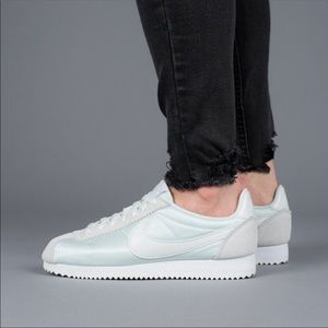 Women's Nike Classic Cortez Lifestyle Sneakers